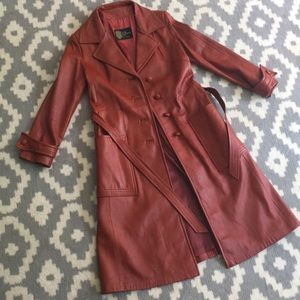 Ladies Vintage small rust color leather trench